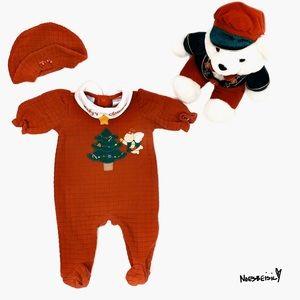 💕2/$20 Simply Basic Christmas Onesie w/ Hat